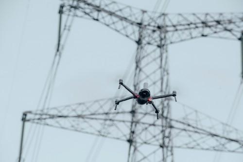 """引领智能飞行新时代 臻迪科技发布PowerVision""""真·无人机""""系统"""